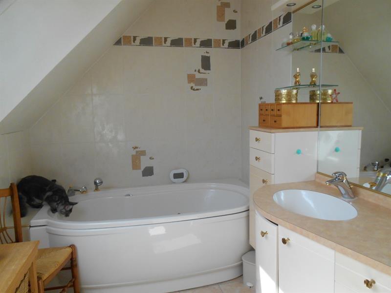Vente maison / villa Lons-le-saunier 440000€ - Photo 11