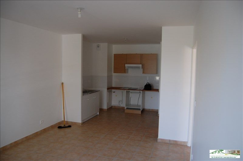 Rental apartment Draveil 784€ CC - Picture 3
