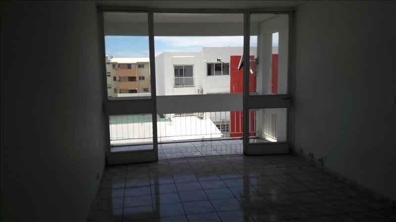 Sale apartment St denis 68000€ - Picture 2