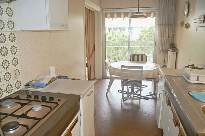 Sale apartment Juan-les-pins 244 000€ - Picture 3