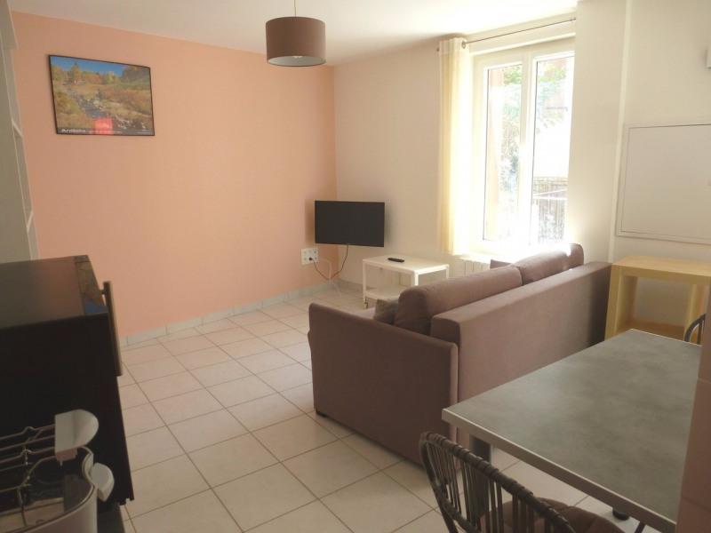 Location appartement Vals-les-bains 305€ CC - Photo 5