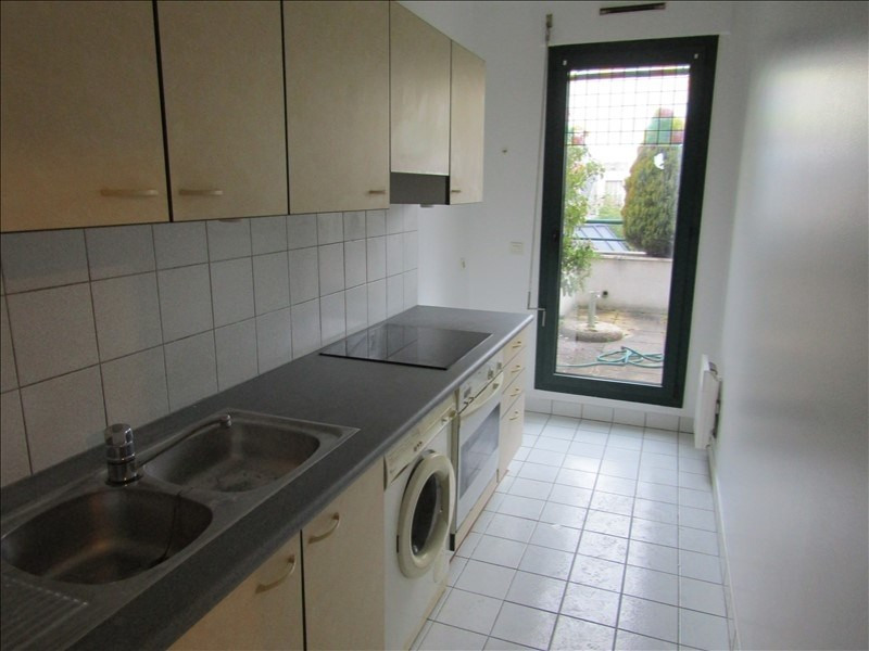 Rental apartment Maisons laffitte 1 075€ CC - Picture 3