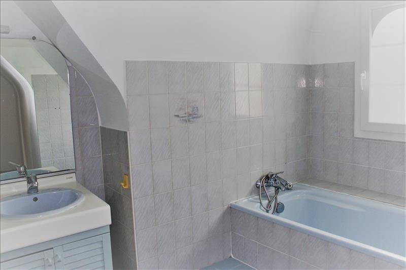 Sale house / villa Tremeoc 234300€ - Picture 4