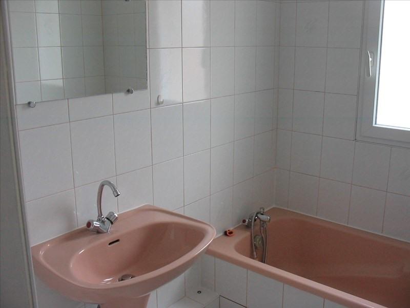 Sale apartment La roche sur yon 118500€ - Picture 4