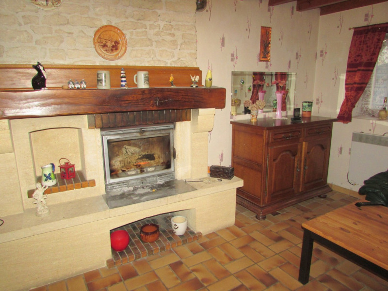 Sale house / villa Aigre 66 000€ - Picture 17