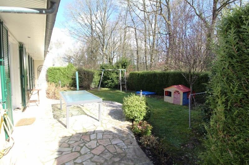 Sale house / villa Maurepas 451000€ - Picture 1