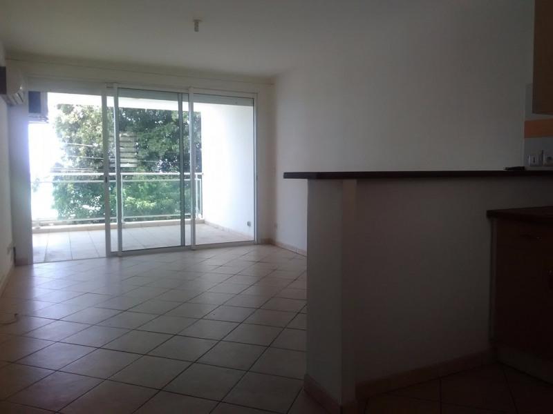 Rental apartment Le gosier 725€ CC - Picture 1