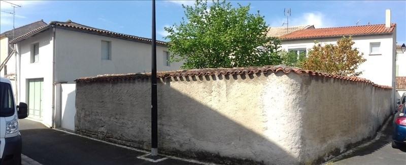 Sale house / villa Surgeres 259000€ - Picture 1