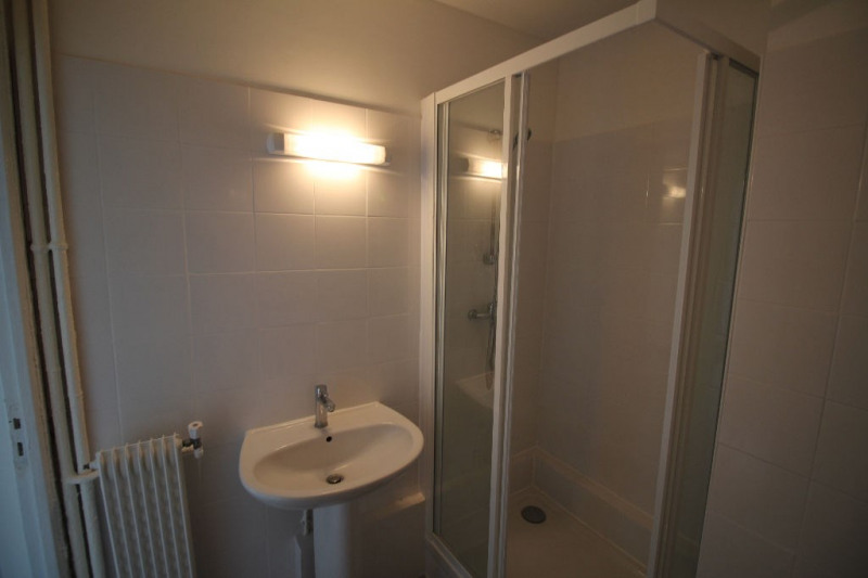 Location appartement Nice 780€ CC - Photo 7
