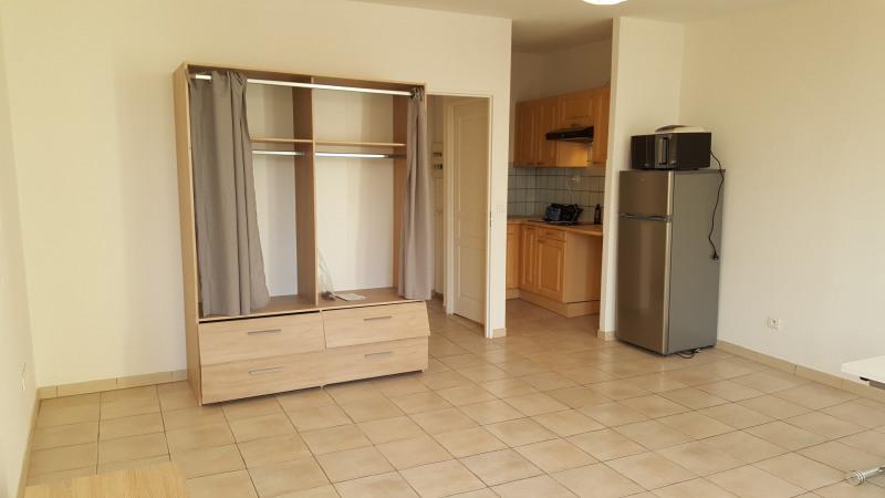 Location appartement Fréjus 490€ CC - Photo 2