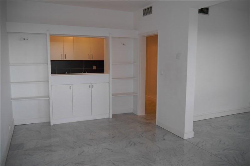 Location appartement Marseille 8ème 699€ CC - Photo 2