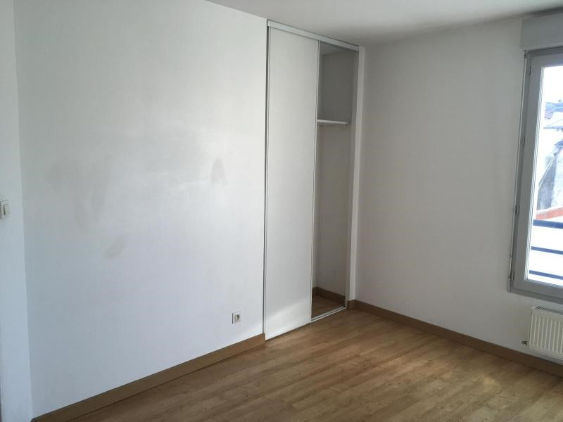 Location appartement Villefranche sur saone 659€ CC - Photo 5