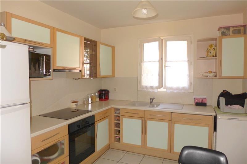 Sale house / villa Bondy 273000€ - Picture 4