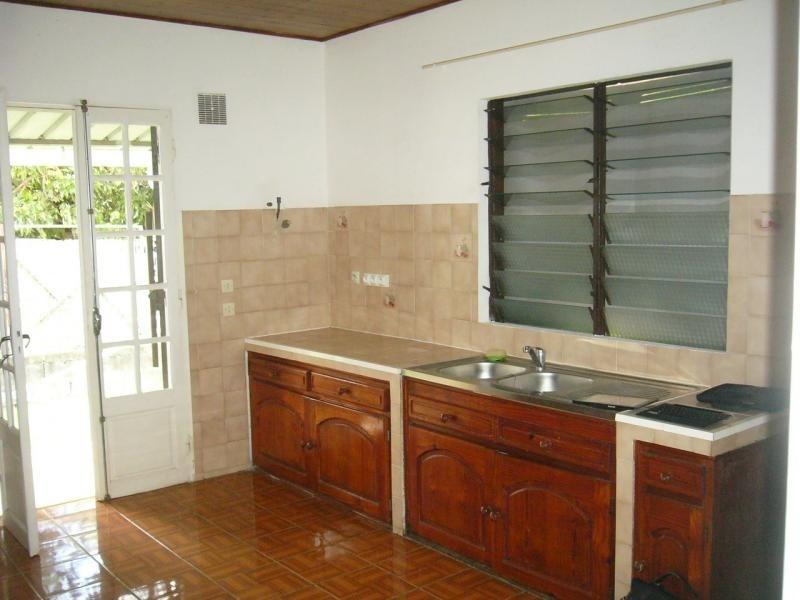 Rental house / villa St gilles les hauts 1055€ CC - Picture 5