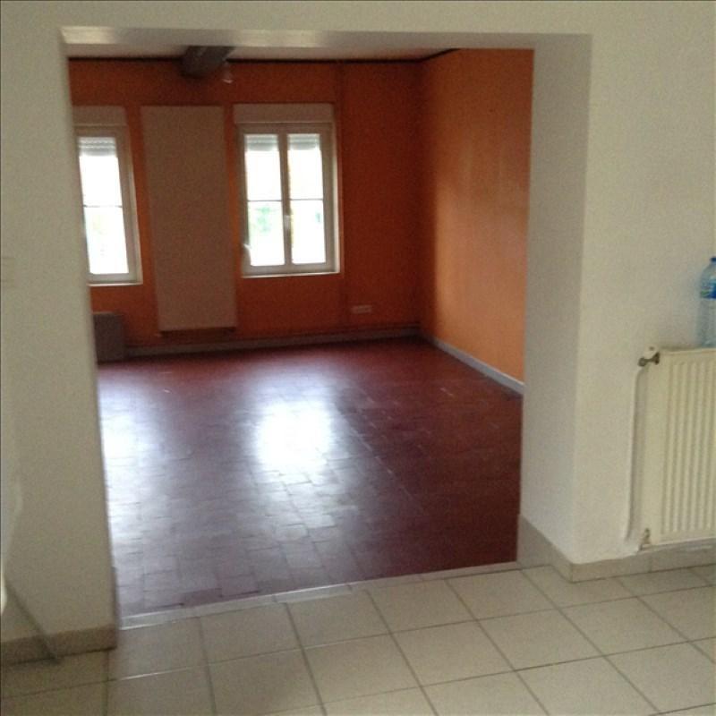 Rental house / villa Homblieres 805€ CC - Picture 2