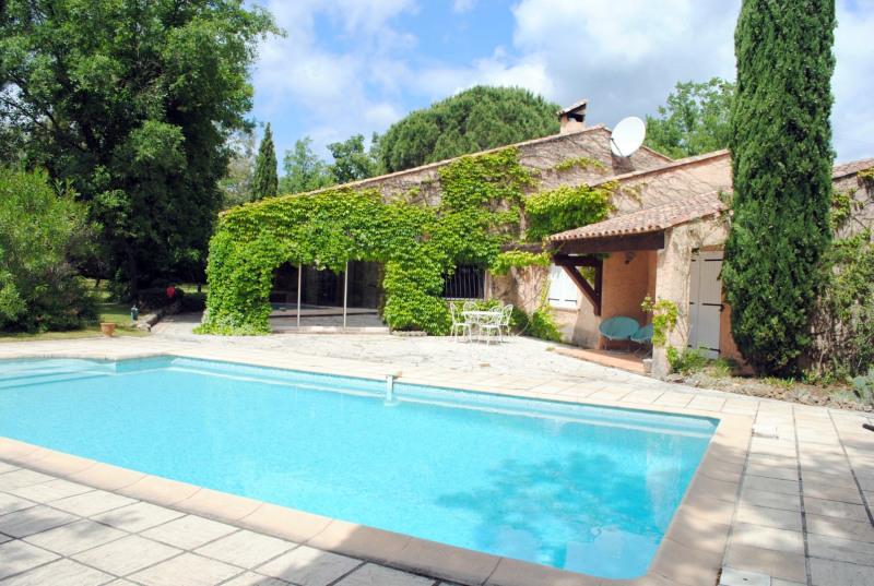 Vente maison / villa Bagnols-en-forêt 525000€ - Photo 6