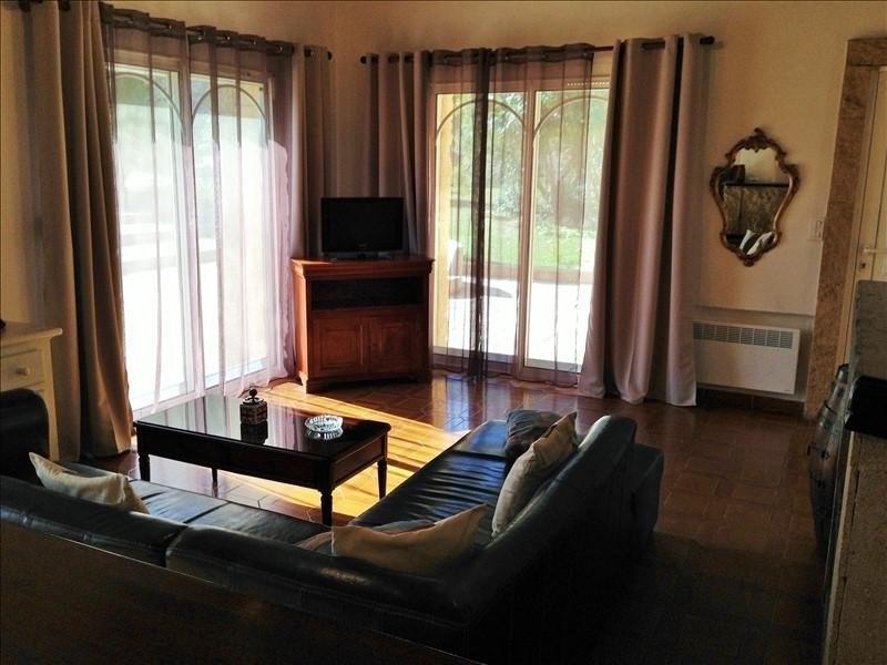 Location maison / villa Cornillon confoux 1830€ CC - Photo 5