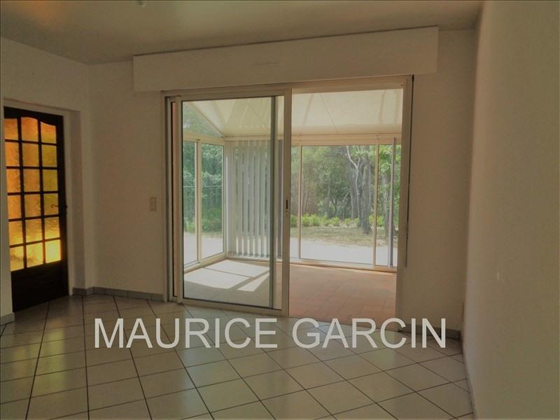 Location maison / villa Uchaux 870€ CC - Photo 4