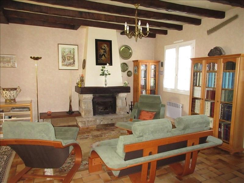 Sale house / villa Pont croix 146440€ - Picture 2
