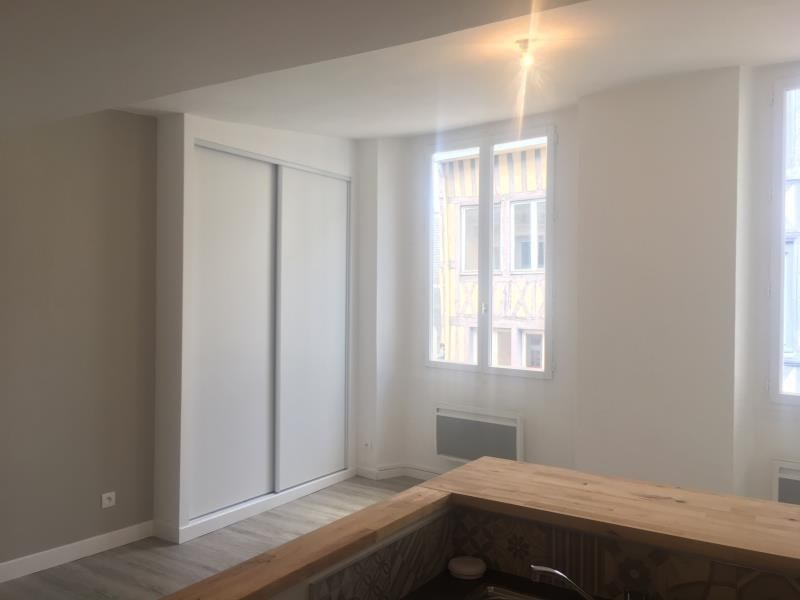 Location appartement Rouen 650€ CC - Photo 2