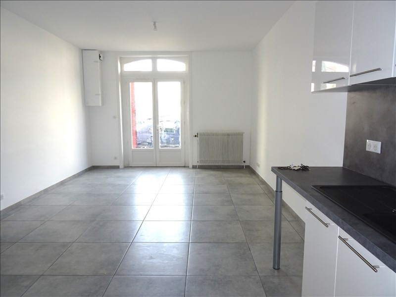 Rental apartment Roanne 460€ CC - Picture 2