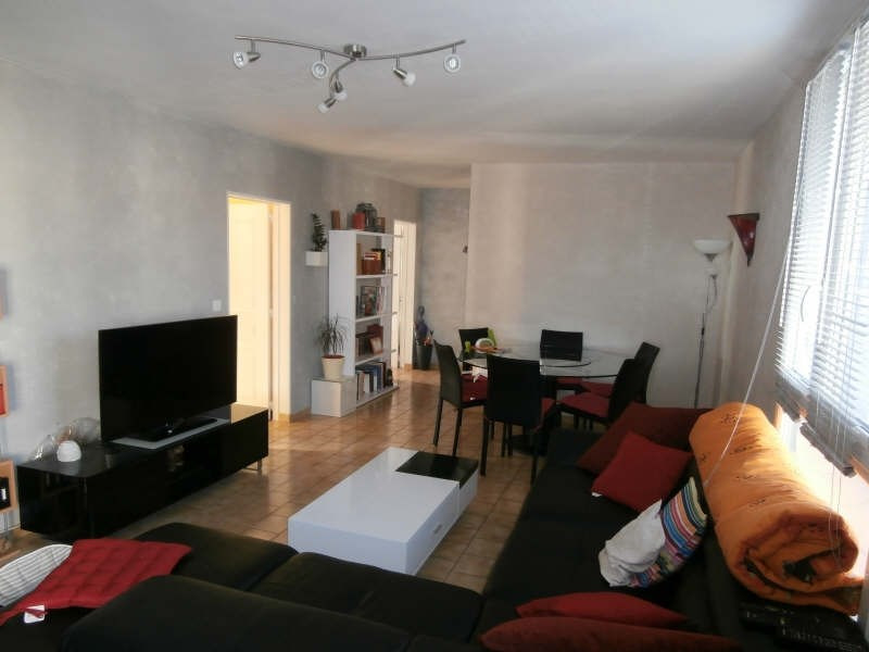 Sale apartment Manosque 117 000€ - Picture 1