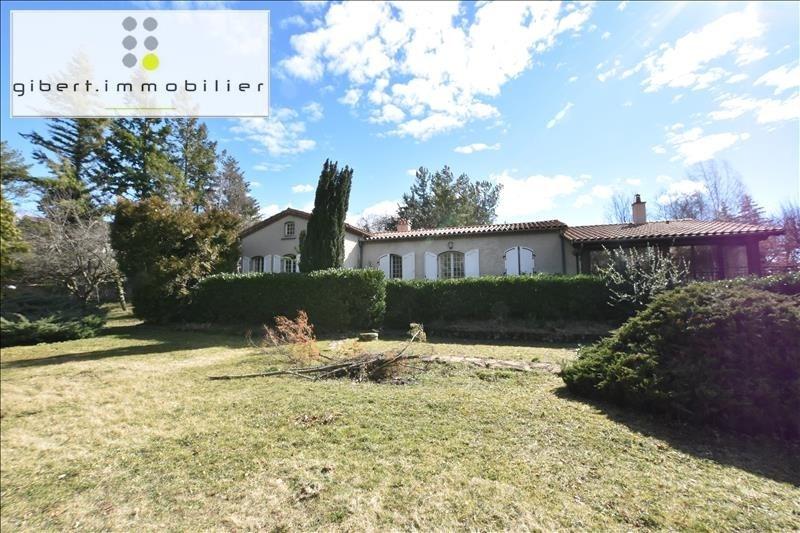 Sale house / villa Vals pres le puy 239000€ - Picture 1