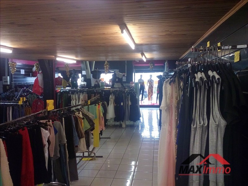 Location local commercial St louis 2000€ HT/HC - Photo 2