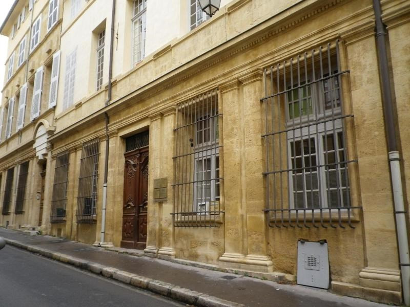 Location appartement Aix en provence 4 400€ CC - Photo 1
