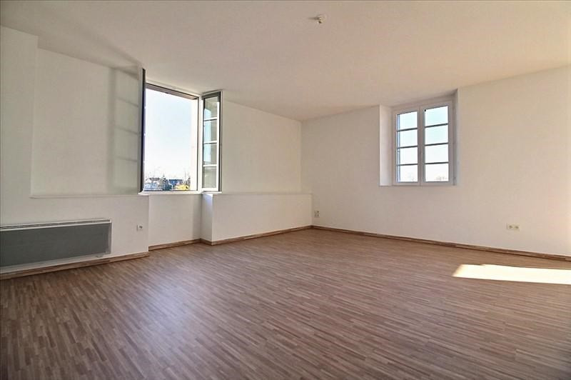 Sale apartment Oloron ste marie 105 000€ - Picture 1