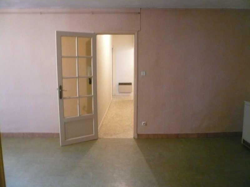 Location appartement Nimes 826€ CC - Photo 2