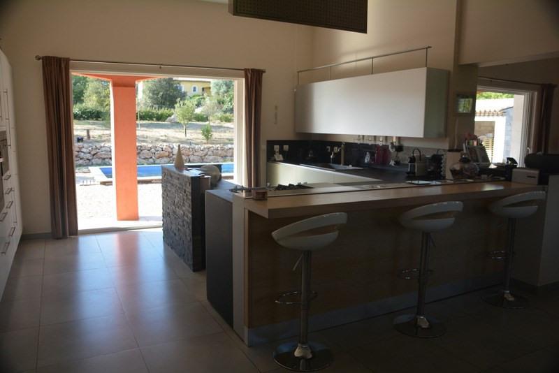 Revenda residencial de prestígio casa Montauroux 565000€ - Fotografia 4