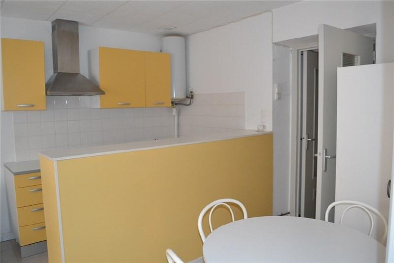 Rental apartment Millau 375€ CC - Picture 3