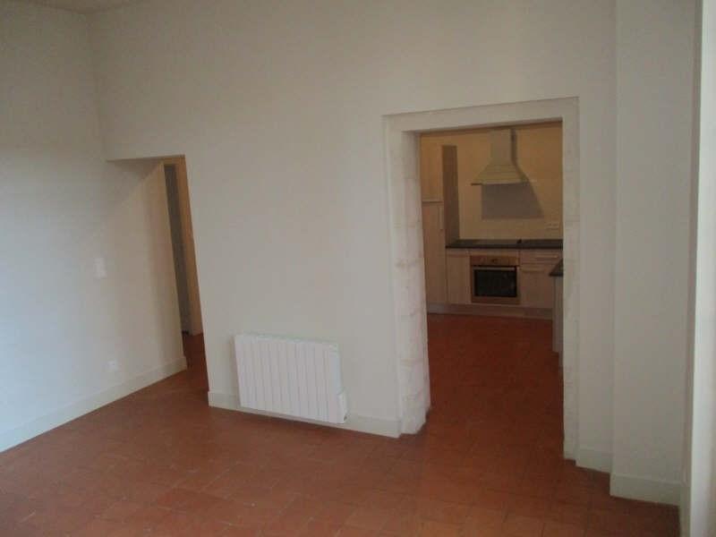 Rental apartment Nimes 606€ CC - Picture 3