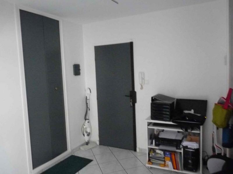 Verkoop  appartement Saint-etienne 88000€ - Foto 12