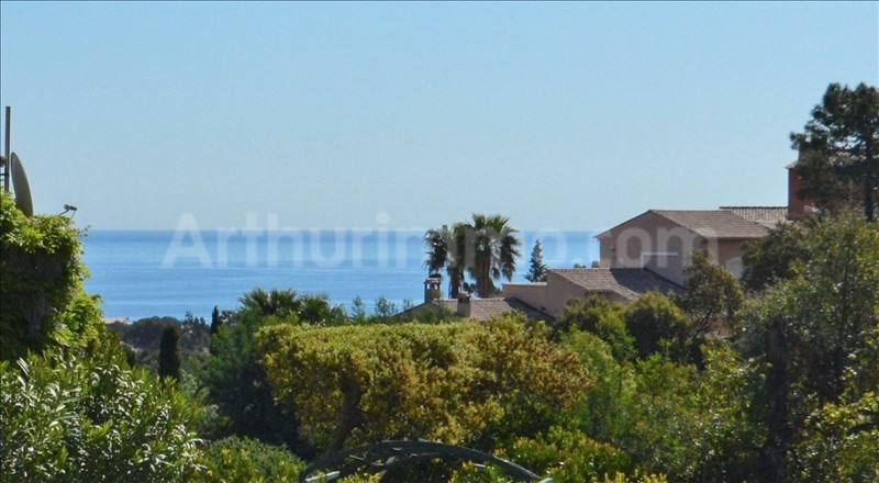 Deluxe sale house / villa St aygulf 830000€ - Picture 2