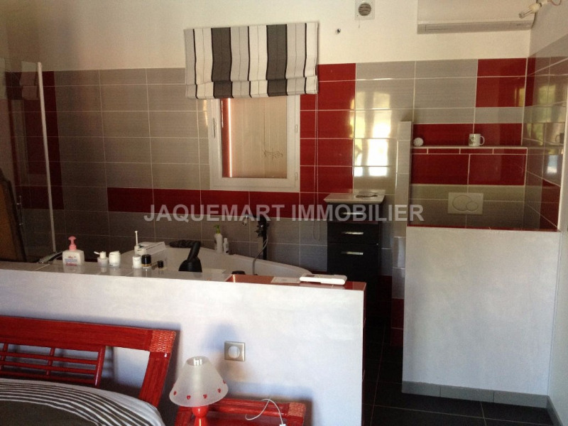 Vacation rental house / villa Lambesc 2 200€ - Picture 10