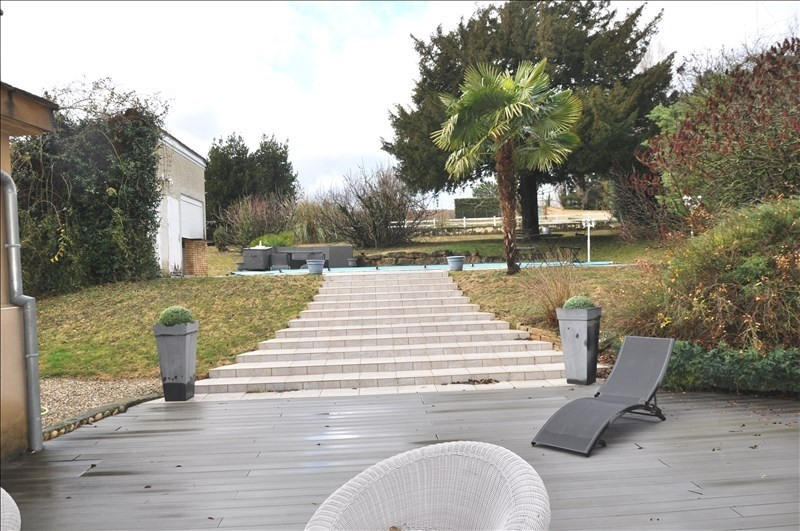 Sale house / villa Reventin vaugris 411 000€ - Picture 2