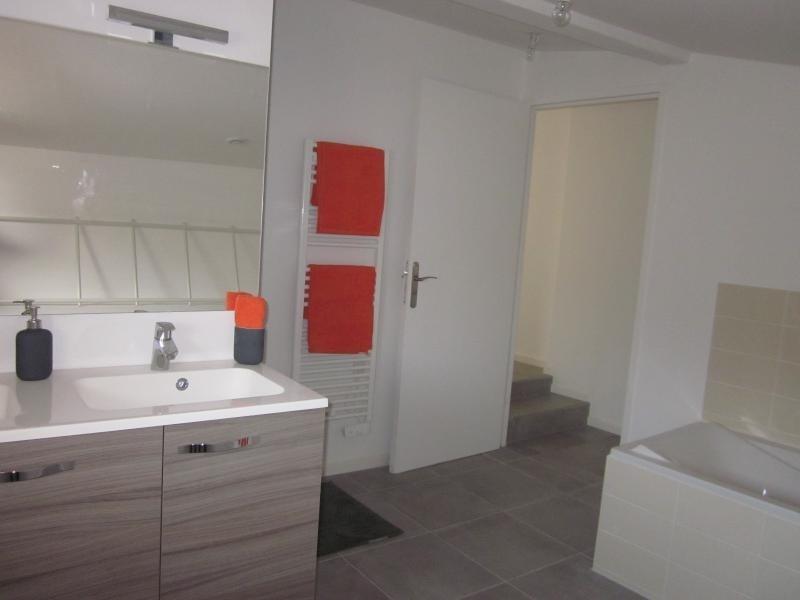 Sale house / villa L isle jourdain 229000€ - Picture 3