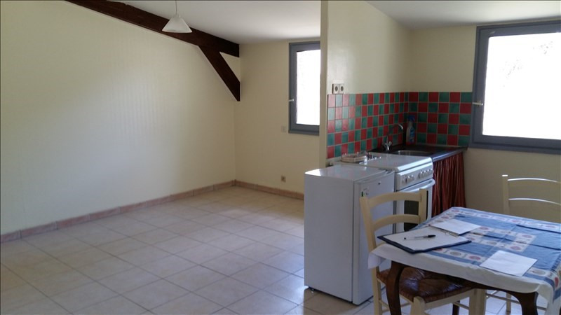 Location appartement La chapelle des fougeretz 600€ CC - Photo 2