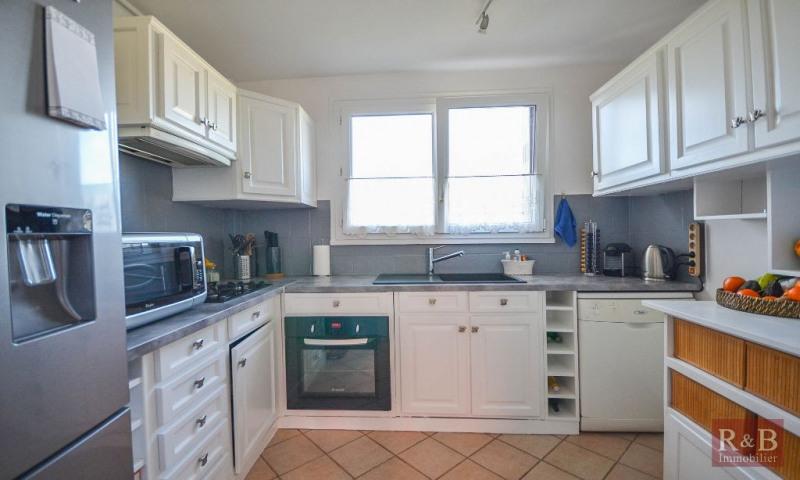 Sale apartment Les clayes sous bois 184000€ - Picture 5