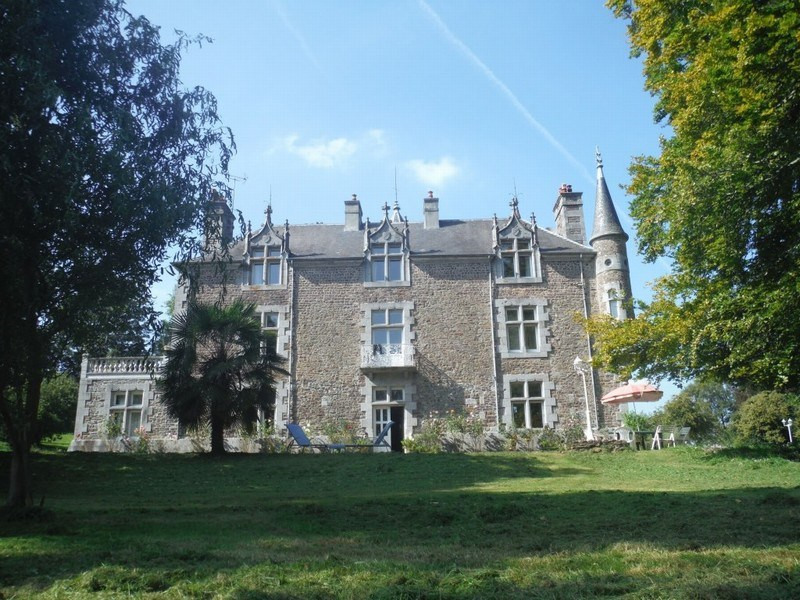 Deluxe sale chateau Cerences 620000€ - Picture 1