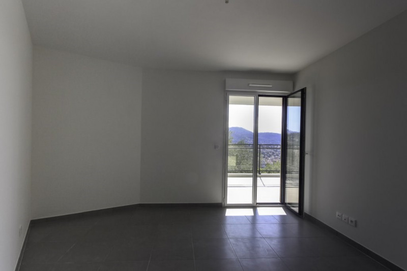 Location appartement Nice 835€ CC - Photo 5
