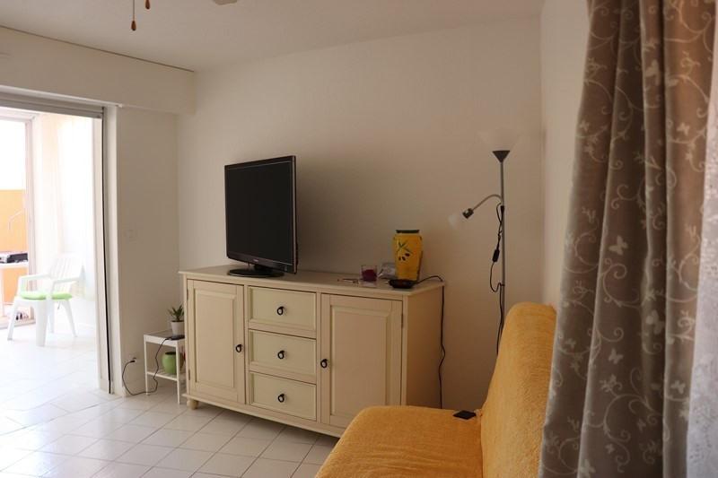 Location vacances appartement Cavalaire sur mer 550€ - Photo 8
