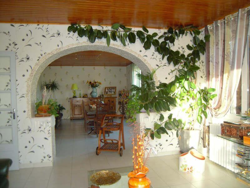 Sale house / villa St aubin de blaye 297000€ - Picture 2