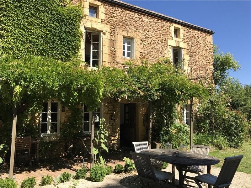 Sale house / villa St germain de belves 275000€ - Picture 2