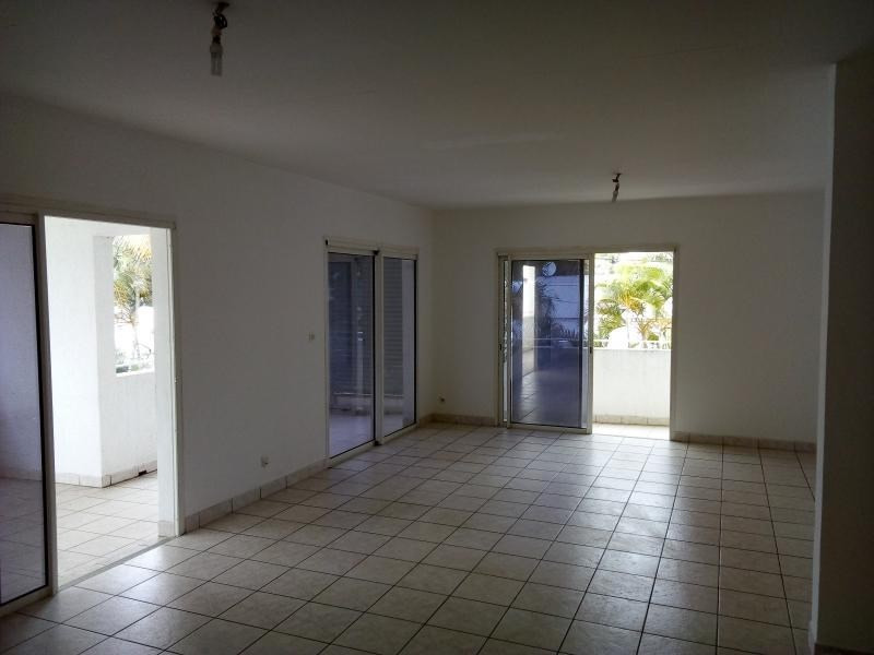 Rental empty room/storage St pierre 3000€ HT/HC - Picture 2