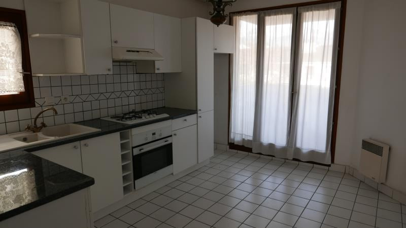 Sale apartment Annecy 273000€ - Picture 3