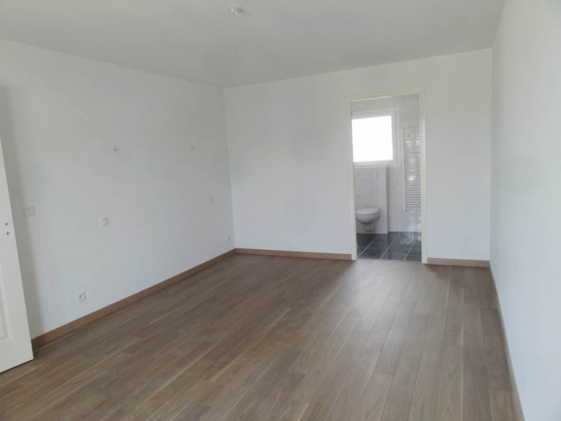 Sale house / villa Bons-en-chablais 499000€ - Picture 4