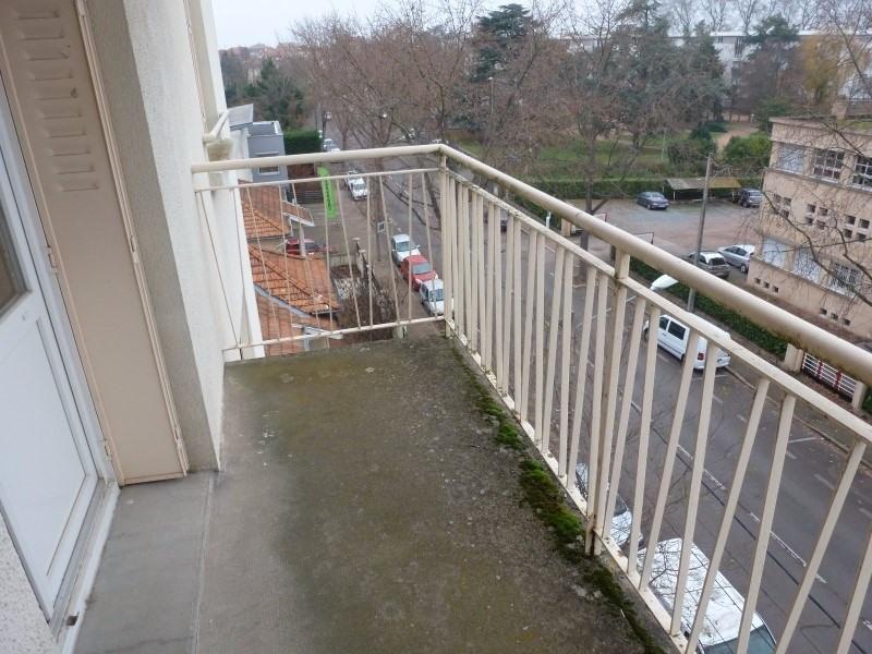 Sale apartment Roanne 59500€ - Picture 3